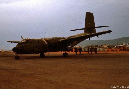 USAF United States Air Force De Havilland Canada DHC-4 Caribou - CV-2 / C-7 - Vietnam-Krieg / Vietnam War Da Nang