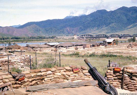 USA Vietnam-Krieg / Vietnam War  - USMC United States Marine Corps 3rd Marine Division / 1st Battalion Whiskey Battery Da Nang Haubitze M116 - M1 75 mm / Pack Howitzer M116 - M1 2.95 Inch