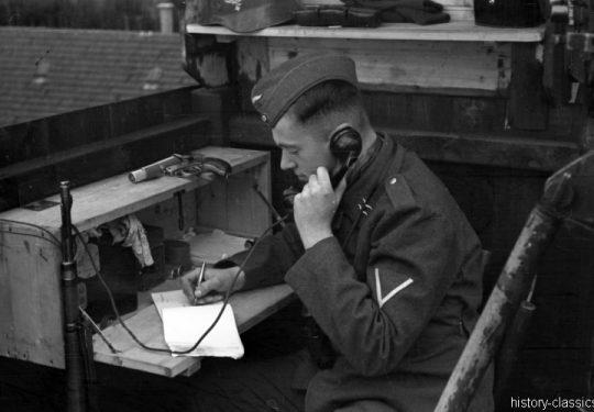 Wehrmacht Luftwaffe Maschinengewehr MG 08 - Feldtelefon