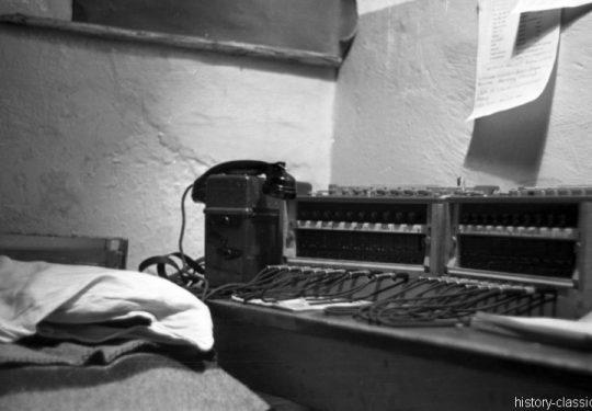 Wehrmacht Luftwaffe MaschinengewehrMG 08 - Telefonzentrale