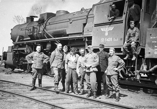 2. Weltkrieg Wehrmacht Heer - Aufbruch und eine Fahrt in ein ungewisses Land - Deutsche Reichsbahn Dampflokomotive Baureihe BR 52 / Kriegslokomotive