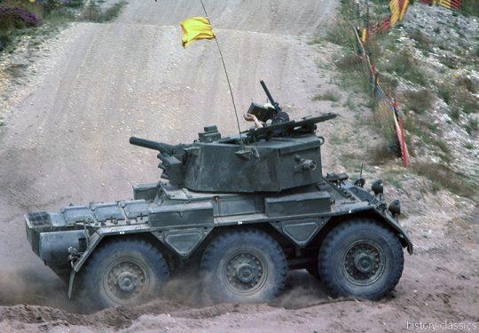 BRITISH ARMY Radpanzer / Armoured Car Saladin