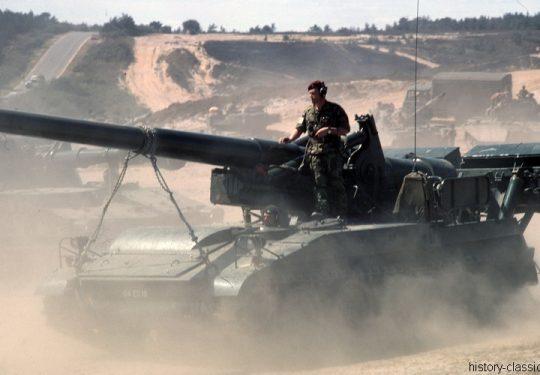 BRITISH ARMY Self Propelled Gun SPG M107 175 mm / 6.9 Inch
