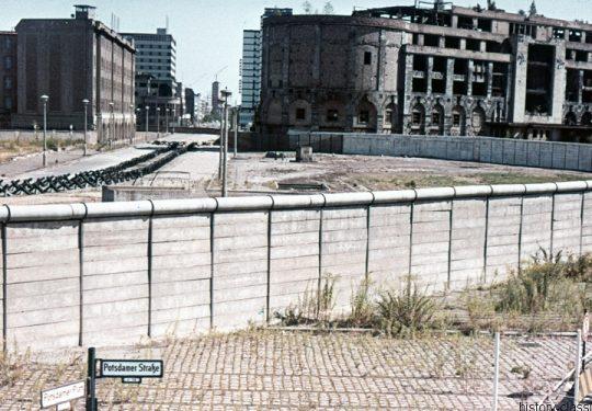 Maueransichten Berlin Potsdamer Strasse / Potsdamer Platz
