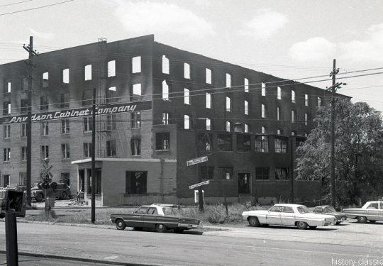 Modellbauvorlagen für den Häuserbau / Model building templates for house building - Ruine / Ruin - USA 1960 / 1970