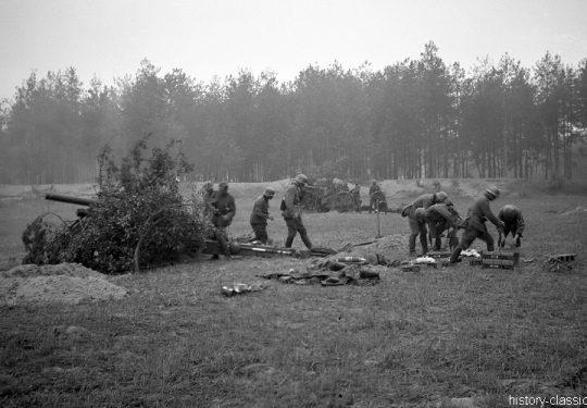 Wehrmacht Heer Leichte Feldhaubitze leFH 18 10,5 cm
