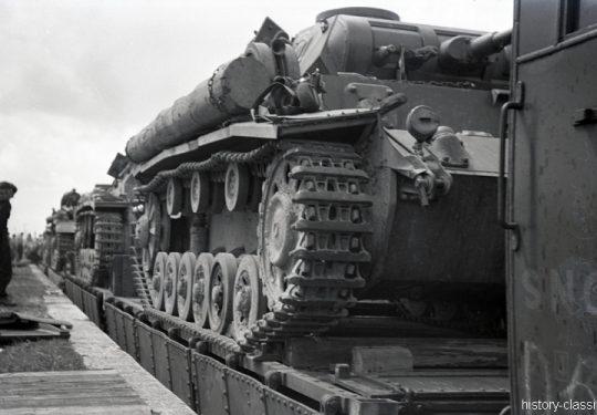 Deutsche Reichsbahn / Wehrmacht - Panzertransporte - Panzerkampfwagen III PzKpfw III Panzer III Ausf. E