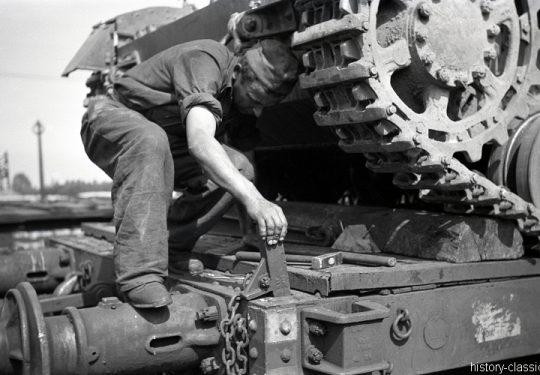 Deutsche Reichsbahn / Wehrmacht - Panzertransporte - Panzerkampfwagen IV PzKpfw IV Panzer IV Ausf. D