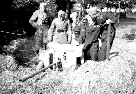 Wehrmacht Heer Panzerabwehrkanone PAK 112(f)  25 mm / 2,5 cm  - Ex Französiche Panzerabwehrkanone  Mle 1934