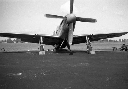 ROYAL AIR FORCE North American P-51 Mustang MK III