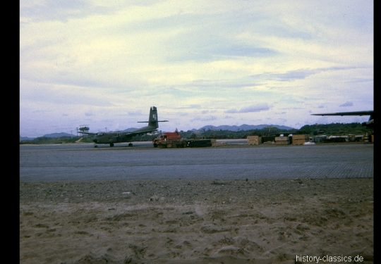 USAF United States Air Force De Havilland Canada DHC-4 Caribou - CV-2 / C-7 - Vietnam-Krieg / Vietnam War