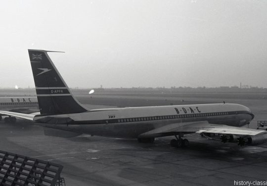 British Overseas Airways Corporation BOAC Boing 707-436