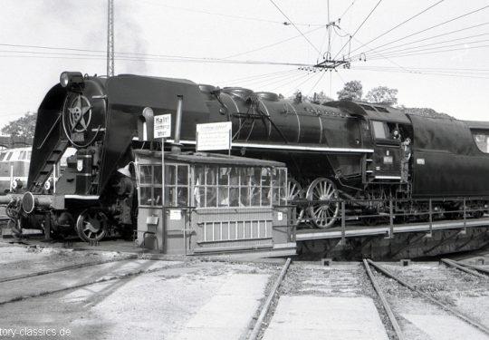Tschechoslowakische Staatsbahnen Dampflokomotive CSD-Baureihe 475