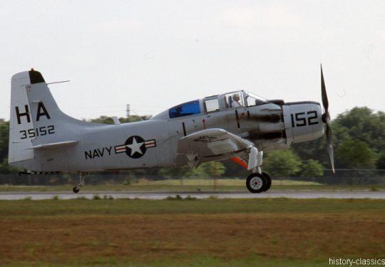 US NAVY / United States Navy Douglas  AD-5W (EA-1E) Skyraider