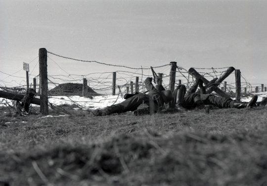 Wehrmacht Heer Ausbildung mit Bunker und Stracheldraht - German Army Training / Military School with Bunker and Barbed Wire