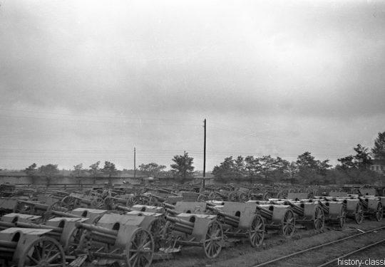 Wehrmacht Heer Feldkanonen gemischt