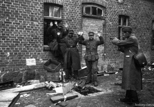 Wehrmacht Soldaten in sowjetischer Kriegsgefangenschaft / German Soldiers as POW by Red Army